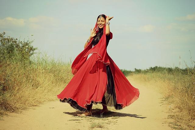 girl dancing movement